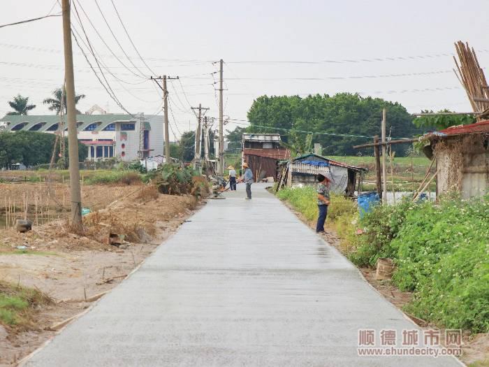 翻修完的道路.jpg